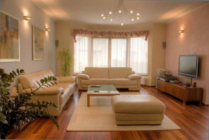 обои интерьер комнаты ламинат
